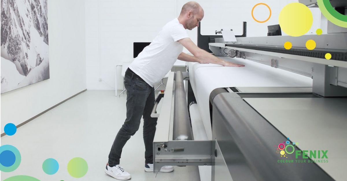 swissQprint Karibu: sistema di caricamento del materiale