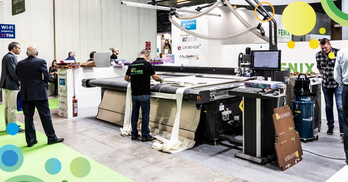 plotter da taglio digitale multifunzione in fiera a Viscom stand Fenix Digital Group
